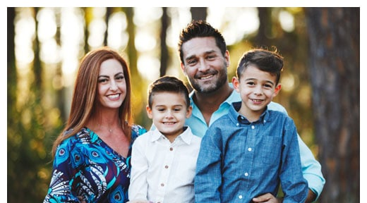 Chiropractor St. Petersburg FL Christopher Hood and Family